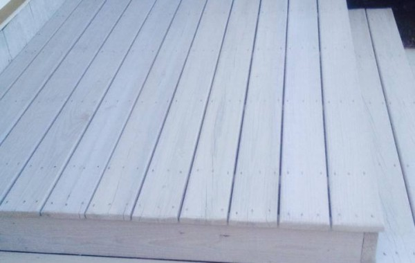 Deck w/ Light Gray Stain 2